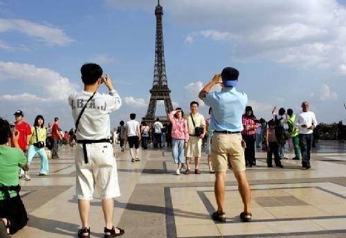 Comment la France est en train de perdre sa bonne image auprès des touristes chinois!