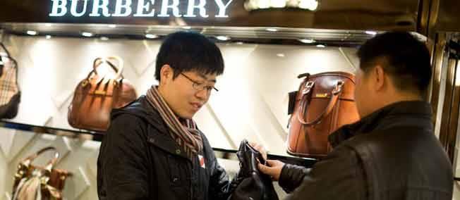 emploi-dimanche-shopping-chinois-paris-londres-2042080-jpg_1853888